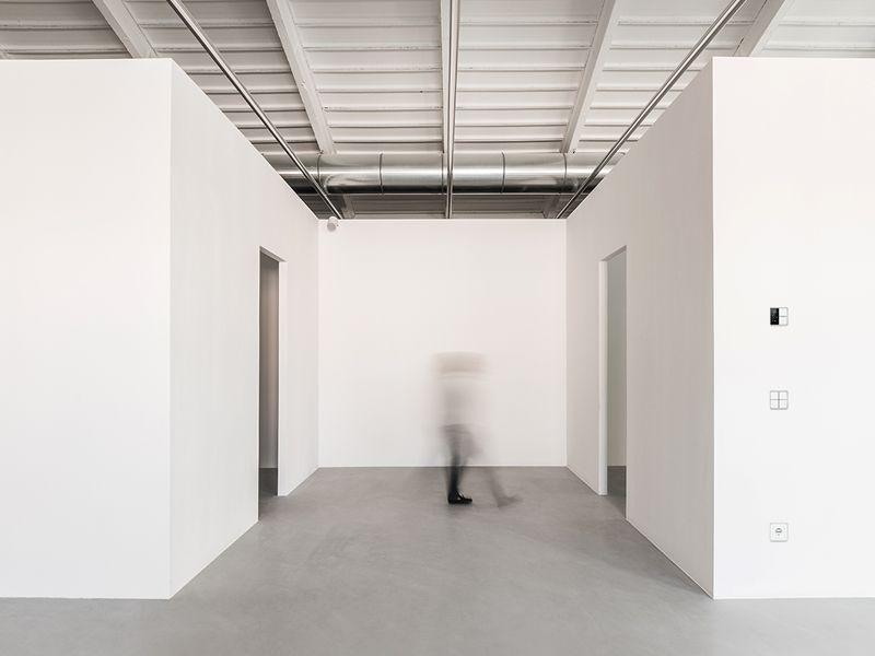 interno-showroom-R10
