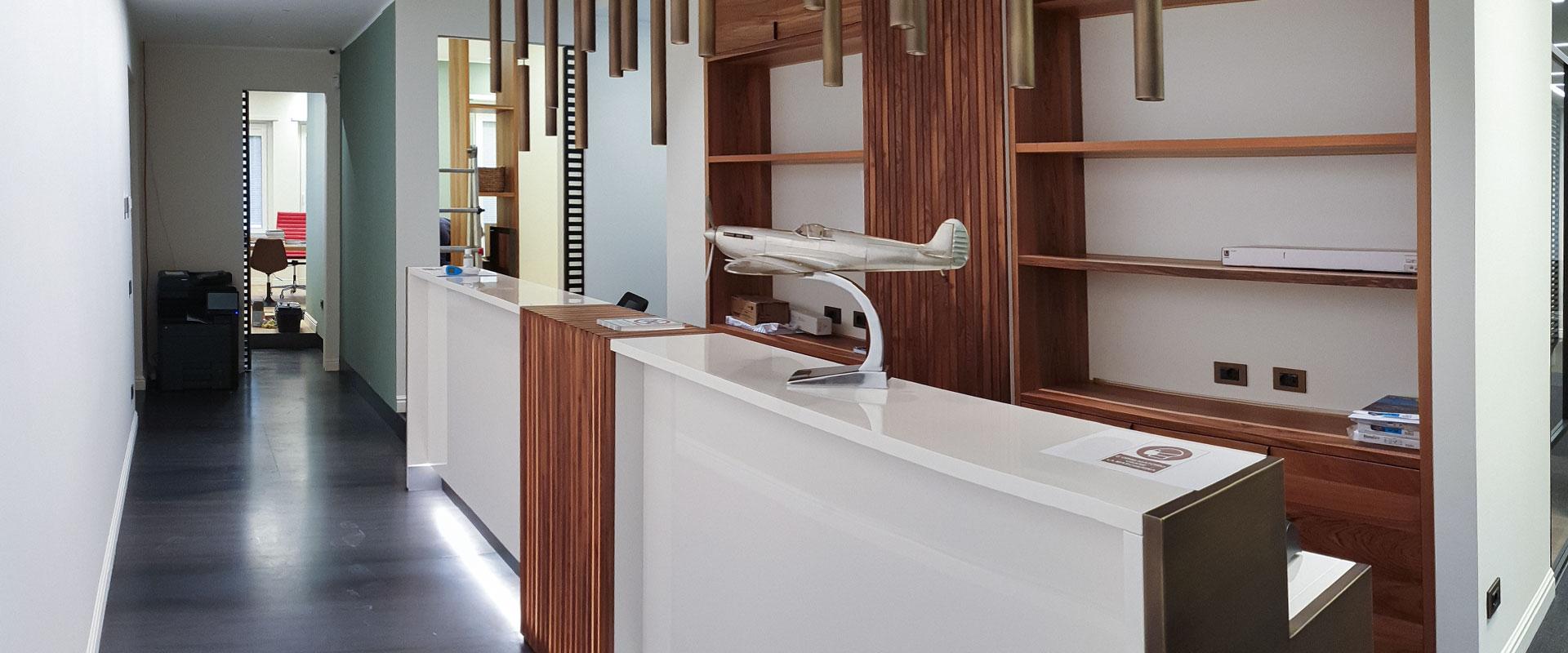 Luce e armonia negli spazi per un moderno ufficio a Milano