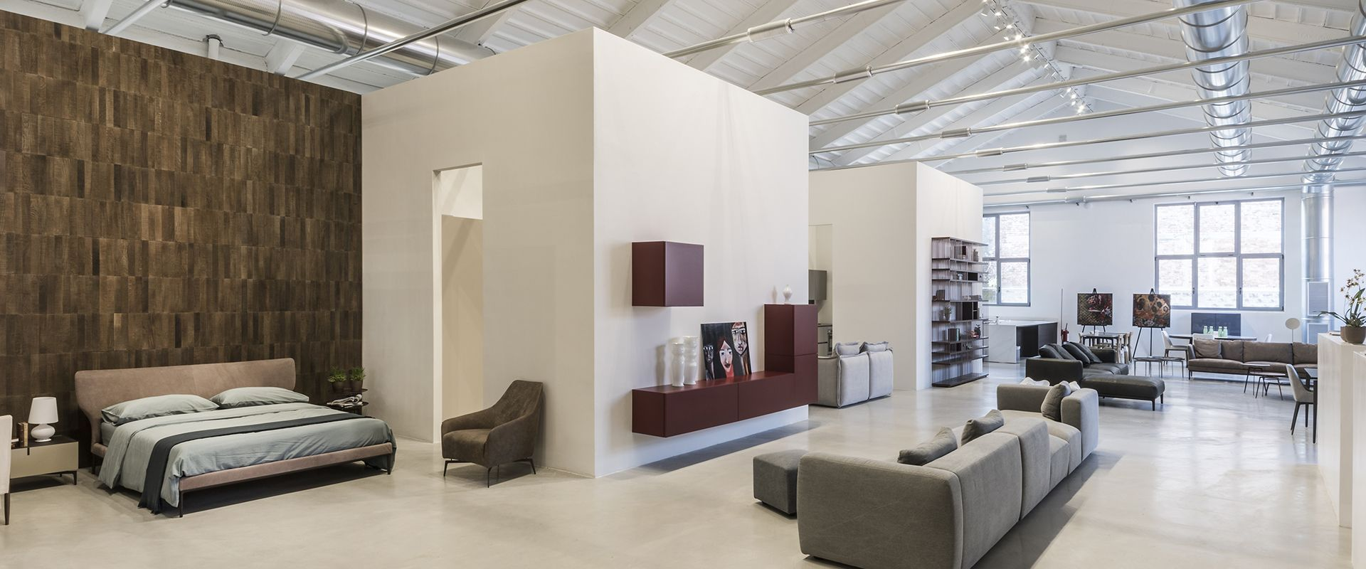 A shared showroom in Milan: R10 - Design Sharing Space